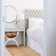 Dressing table / bedside table