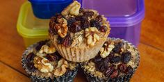 Baked Oatmeal Cups with Raisins and Walnuts: Take your oatmeal to go with these super-simple baked oatmeal cups. We topped ours with raisins and walnuts, but you can choose berries or even a little bit of peanut butter and dark chocolate. || 21 Day Fix recipe || Healthy breakfast