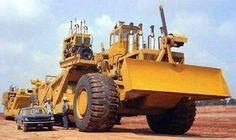 LeTourneau LT300 scraper….probably one of the biggest scraper/pans ever made.
