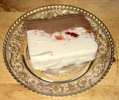 Εδώ μια εύκολη και γρήγορη συνταγή για να φτιάξουμε παγωτό κασάτο Dairy, Cheese, Sweet, Desserts, Food, Fine Dining, Candy, Tailgate Desserts, Deserts