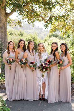 Taupe Bridesmaid Dresses // There are few things more romantic than a wedding ceremony in the middle of the forest and today's wedding from Hitch Perfect is oh so magical! With the bride and groom in coordinating burgundy velvet details (her shoes and his jacket), this wedding is fall perfection. The UC Berkeley Botanical Gardens is such a beautiful […] Botanical Gardens Wedding, Garden Wedding, Taupe Bridesmaid Dresses, Eclectic Wedding, Wedding Bouquets, Wedding Dresses, Wedding Costs, Wedding Styles, Wedding Ceremony