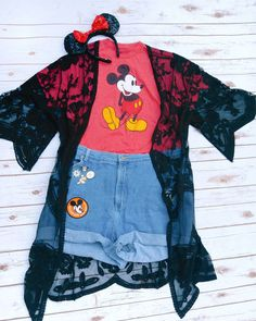 """163 Likes, 8 Comments - Pins & Mouse Ears & Clothes (@darlingmousestudio) on Instagram: """"Hey Mickey! Time to pay homage to everyone's favorite mouse on day 5 of the #fallintodisneystyle…"""""""