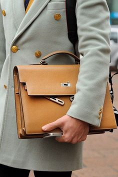 Hermes !!  Detalles para caballero por Hermes                                                                                                                                                                                 More - bags, small, givenchy, pack, designer, cosmetic bag *ad