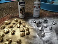 Spray paint rocks and you have instant treasure for your pirate theme classroom! Use it as decoration in a container or on a shelf. {broken link, picture only} Spray paint rocks and you have instant Deco Pirate, Pirate Decor, Pirate Day, Pirate Birthday, Pirate Theme, Pirate Crafts, Theme Halloween, Pirate Halloween Decorations, Anniversaire Harry Potter