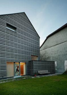 Jürgen Haller - Projekte Elevator Design, Ramen, Garage Doors, Outdoor Decor, Home Decor, Woodwind Instrument, Home, Condo Design, Projects