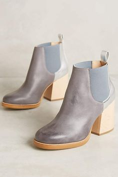 Ouigal Elizabeth Chelsea Boots - anthropologie.com