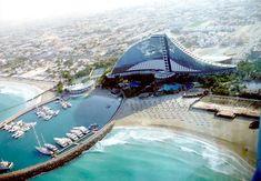 Jumeirah Beach Hotel. Dubai
