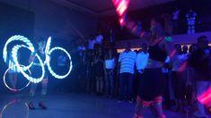 Bale neon com malabares led é uma performance diferenciada de Humor e Circo Produtora para evento corporativo da Marsh no Espaço Onix em São Paulo.  Contate-nos humorecirco@gmail.com  (11) 97319 0871  (21) 99709 6864  (73) 99161 9861 whatsapp. Humor, Concert, Giant Bubbles, Openness, Corporate Events, Artists, Humour, Funny Photos, Concerts