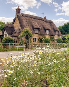 Storybook Homes, Storybook Cottage, Cottage Living, Cottage Homes, Bedroom Built In Wardrobe, English Country Cottages, British Countryside, Cottage In The Woods, Thatched Roof
