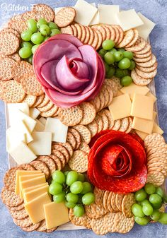 Meat Cheese Platters, Meat Trays, Party Food Platters, Cheese And Cracker Platter, Deli Tray, Meat Platter, Party Trays, Charcuterie Board Meats, Plateau Charcuterie