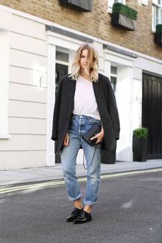 Grey oversize blazer, white t-shirt, Levi 501 blue jeans, black quilted Chanel bag & black patent leather shoes