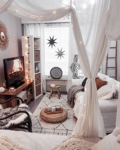 31 Lovely Bohemian Bedroom Decor Ideas You Have To See, - Dream rooms - Cute Bedroom Ideas, Cute Room Decor, Room Ideas Bedroom, Bright Bedroom Ideas, Bedroom In Living Room, Modern Bedroom, Master Bedroom, Bedroom With Couch, Bedroom Decorating Ideas