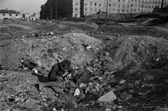 by David Seymour - AUSTRIA. Vienna. 1948. Child playing in bombed-out buildings in the working-class district of Favoriten // Magnum Photos