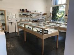 Art & Jewelry Display Cases Made With Red Oak And Clear Coat