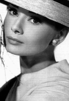 #Audrey Hepburn #vintage classic 50's old Hollywood