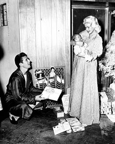 Jayne Mansfield and family on Christmas.