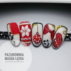 It is easy to speed in advance by using a nail art when you use your capabilities and Imagine creatively. Christmas Manicure, Xmas Nails, Christmas Nail Designs, Christmas Nail Art, Fun Nails, Pretty Nails, Accent Nails, Nail Art Galleries, Winter Nails
