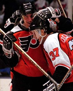 The trade that brought these two to the Flyers will always be my favorite one!!!!!!!!! Happy birthday Johnny!!!!!!!!!!!