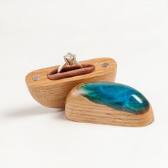 Pebble shape ring box inspired by Ocean. Proposal Ring Box, Beach Proposal, Valentine's Day Rings, Wood Projects That Sell, Wooden Ring Box, Easy Woodworking Projects, Woodworking Plans, Wedding Ring Box, Diy Coffee Table
