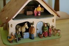 osthiemer farmhouse, woodpecker figures by waldorf mama, via Flickr