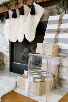 Blogger Stylin' Home Tours: Christmas Edition 2014 Nautical Christmas mantel www.simplestylings.com