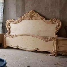 Bed Headboard Design, Bedroom Bed Design, Headboards For Beds, Bedroom Decor, Classic Bedroom Furniture, Royal Furniture, Bed Furniture, Wood Bed Design, Wooden Main Door Design