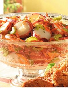 Deluxe German Potato Salad from Taste of Home German Salads, German Potatoes, Bistro Food, Gastro Pubs, Vegetarian Recipes, Healthy Recipes, Potato Dishes, Summer Recipes, Potato Salad