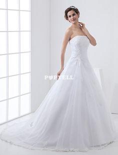 #robe #mariée Robe de mariage trapèze brodée blanche en satin sans bretelles ornée des appliques