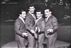 the+four+seasons+singing+group | frankie valli the four seasons here s a story about jimmy mchugh s i ...