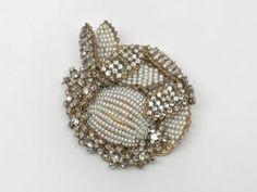 Vintage-Signed-Miriam-Haskell-Rhinestone-amp-Seeded-Pearl-Pin-Brooch