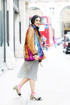 d1a4f2bfb9886 What London Girls Are Really Wearing Right Now