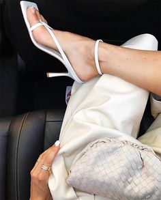 "This ""Old"" Brand Is Suddenly So Popular It's Basically Impossible to Buy Strappy sandals from Bottega Veneta White Heels, White Sandals, Strappy Sandals, Sandal Heels, Shoes Heels, Pumps, Sandals Outfit, Fashion Mode, Trends"