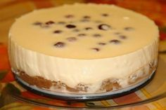 Cheesecake with condensed milk (without baking) Ingredients: * 450 g Sour cream fat * 300 grams of biscuits * 100 grams of melted butter * 300 Milk Recipes, Top Recipes, Sweet Recipes, Baking Recipes, Dessert Recipes, Easy Recipes, Hungarian Cake, Master Chef, Russian Recipes