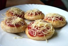 Garlic, Spaghetti, Pizza, Vegetables, Breakfast, Ethnic Recipes, Fit, New Years Eve, Morning Coffee