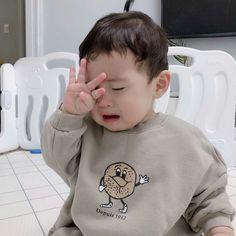 Cute Little Baby, Cute Baby Girl, Baby Boy, Little Babies, Baby Kids, Cute Asian Babies, Korean Babies, Asian Kids, J Hope Twitter
