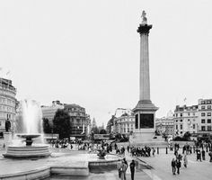 fromme-toyou:    Trafalgar Square and all that is London… may you have a weekend full of long walks with meaningful people.