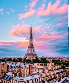 Fantastic Sunset Sky & Eiffel Tower View with 😊 Tour Eiffel, Torre Eiffel Paris, Paris Eiffel Tower, Eiffel Towers, Paris Images, Paris Pictures, Paris Photos, Aloita Resort, Hotel Des Invalides