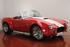 Ford : Other Custom Built 1967 FORD COBRA REPLICA - http://www.legendaryfinds.com/ford-other-custom-built-1967-ford-cobra-replica/