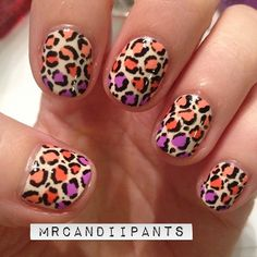 It's been awhile since I've done a leopard print, and I forgot how much I love it! Especially with the gradient spots. - Imgur