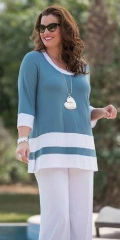Kasbah teal/white jersey strip top ☙ style for women over. Over 50 Womens Fashion, Fashion Over 50, Curvy Fashion, Plus Size Fashion, Vetements Clothing, Stylish Outfits, Fashion Outfits, Moda Plus Size, Mode Hijab