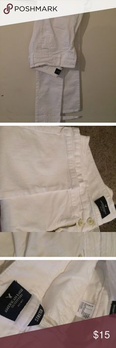 American Eagle never worn Skinny white jeans American Eagle Outfitters size 2 Regular length, white skinny jeans, never worn but just washed today small mark see last photo, absolutely perfect everywhere else , they were brand new until washed, front & back pockets jean style American Eagle Outfitters Jeans Skinny