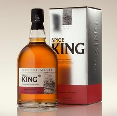 Known for its sweet spicy character this blended malt whisky with over ten single malts from across Scotland and a signature malt from the Highlands and Islands.