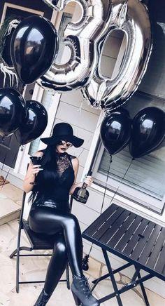 Ideas Birthday Photoshoot Winter For 2019 30th Birthday Ideas For Women, Birthday Outfit For Women, Birthday Party Outfits, Adult Birthday Party, 30th Birthday Parties, Birthday Woman, Birthday Crafts, Birthday Party Decorations, Birthday Recipes