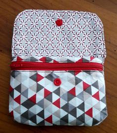 New Bag, Sewing Patterns, Creations, Arts And Crafts, Wallet, Purses, Crochet, Fabric Scrap Crafts, Christmas Crafts