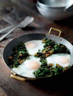Kale and spinach with eggs recipe from 30 minute curries by Atul Kochhar Atul Kochhar, Michelin Star Food, Kale And Spinach, Egg Recipes, Side Dishes, Spicy, Food And Drink, Eggs, Tasty