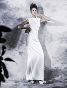 #SIMONGAO SS 2014 COLLECTION #《COSMOBRIDE》#designer #top #fashion #vogue #trend #design #chic avant-garde #brand #silk #show #wear #beauty #gold #accesory #gothic #art #culture #elf #cosmos #energy #zen #tech #embroidery #mystery #spiffy #white #gradient #oriental #earrings #cutting #lines #necklace #dress #elegant #fairy