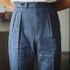 Well aged, like a bottle of fine wine. Cotton/linen denim by Loro Piana. Mature Mens Clothing, Mature Mens Fashion, Mens Clothing Styles, Man Fashion, Men's Clothing, Mens Wide Leg Trousers, Tailored Trousers, Charcoal Suit, Smart Outfit