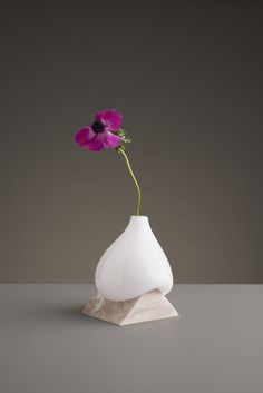We are always searching for clever new vases and a recent instagram search at 2am yielded a wonderful discovery of Studio E.O a multidisciplinary design studio in Stockholm. | Blog.Roseur.com