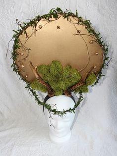 Goldenes Headpiece mit Geweih