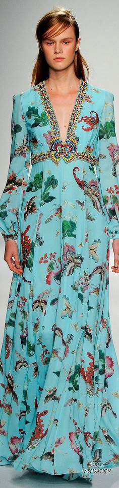 Andrew Gn SS2016 Women's Fashion RTW | Purely Inspiration